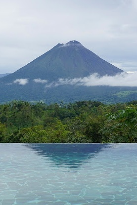 Leaves & Lizards Retreat | La Fortuna, Costa Rica -