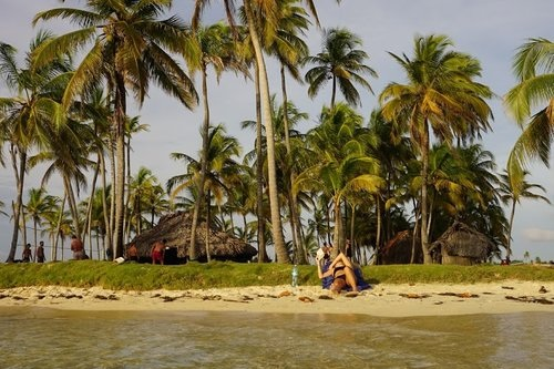 Speed Boat Trip from Panama to Colombia - Three Day Island Hopping Adventure