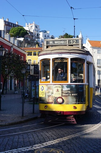 Gity Guide: Lisbon - The city of Seven Hills