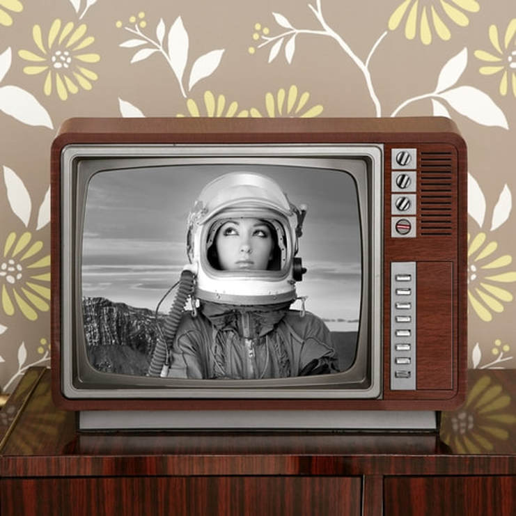 black-and-white-tv.jpg