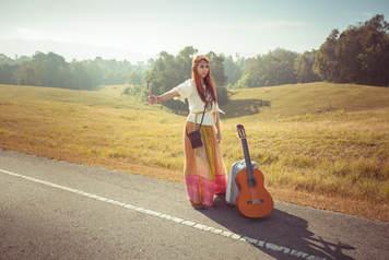 hippie-hitchhiking-2.jpg