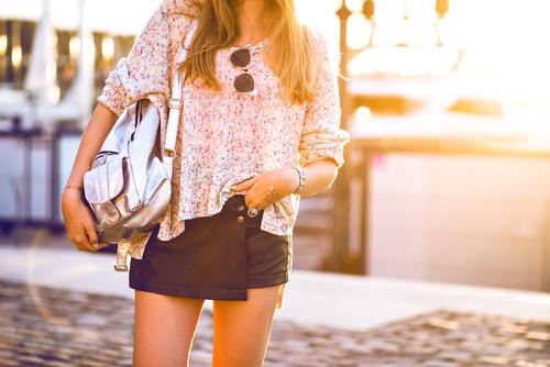 mini-skirt-2_1_orig.jpg