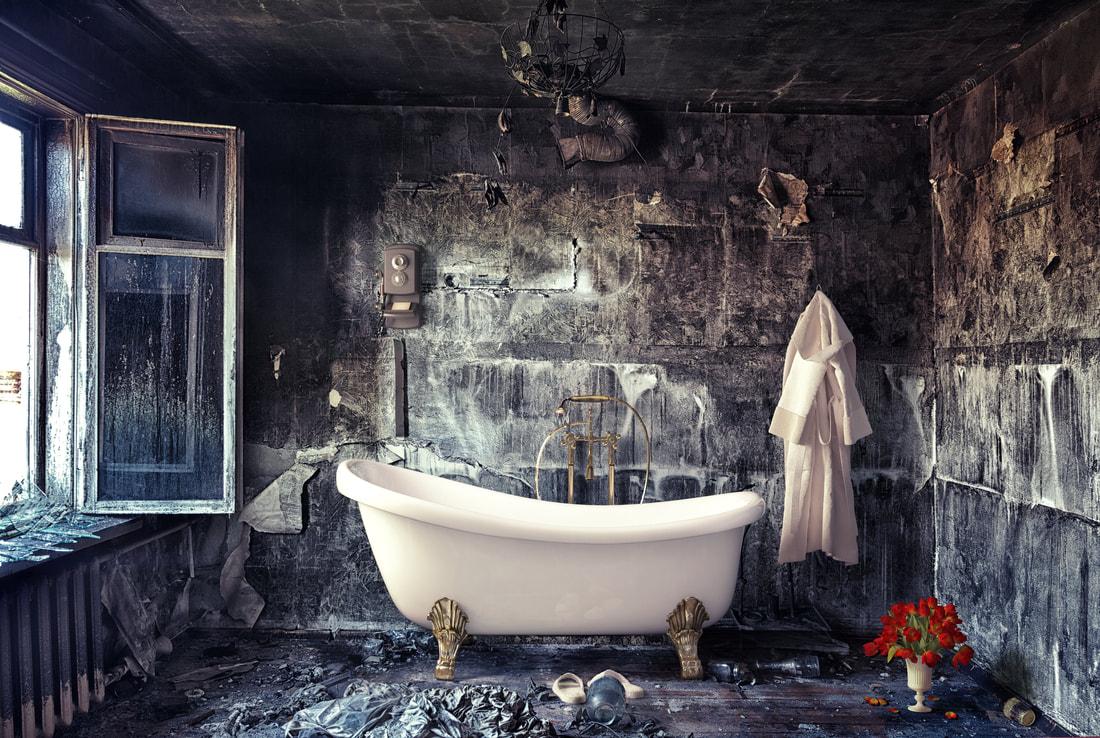 mansion-bathroom-2_1_orig.jpg