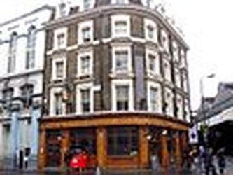 120px-southwark-tavern-borough-se1-2511827893.jpg