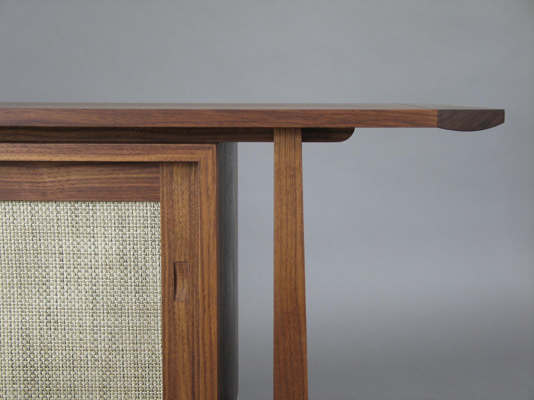 Phillips - detail