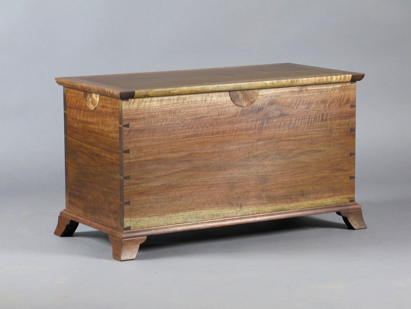 Laird blanket chest - walnut