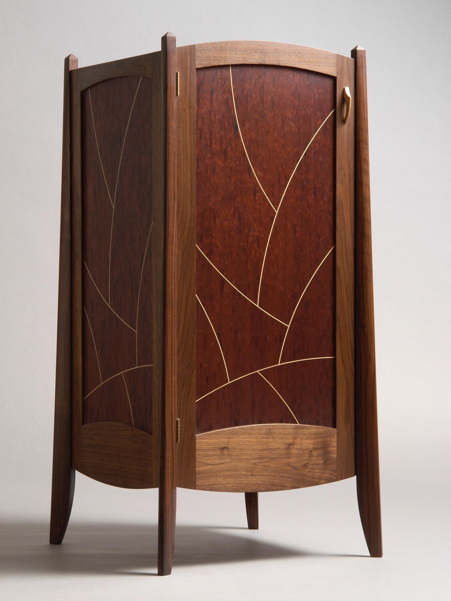 Colebrook - walnut, mahogany, holly inlay