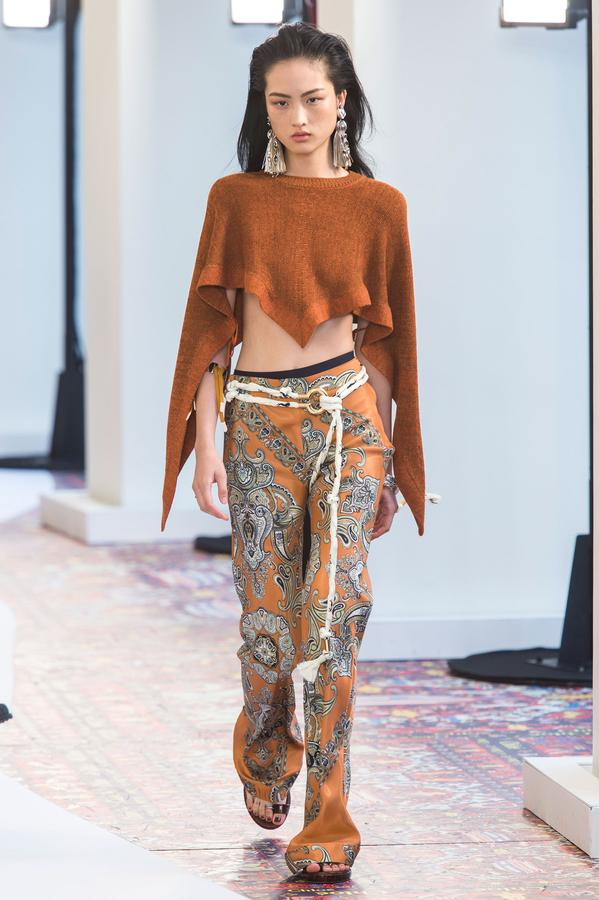 defile-chloe-printemps-ete-2019-paris-look-25.jpg