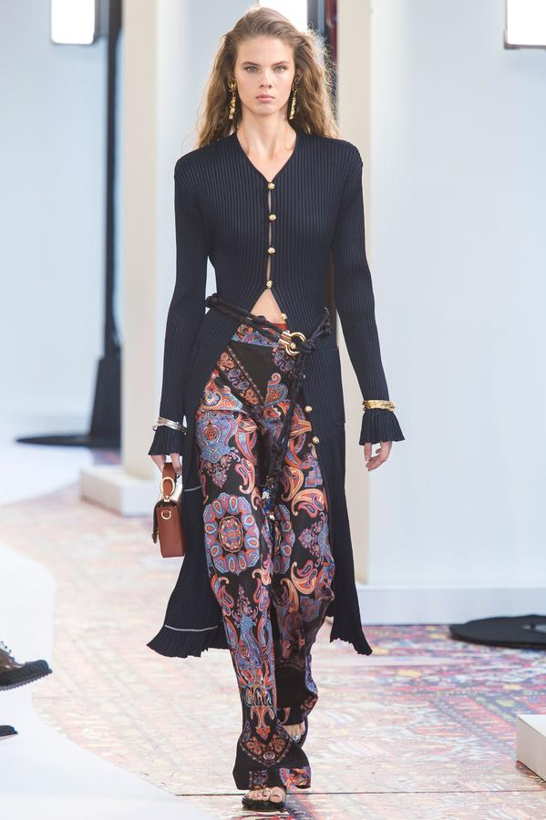 defile-chloe-printemps-ete-2019-paris-look-24.jpg