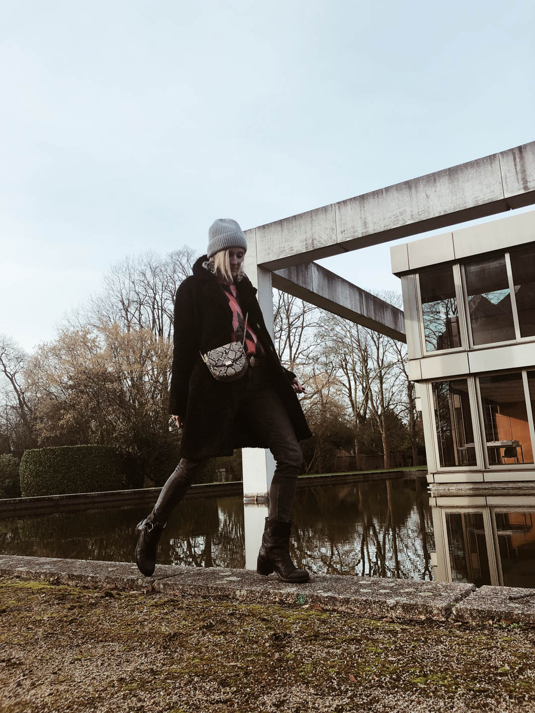 Carnet sauvage - Blog mode femme et tendances, idée look hiver, pull rose Suncoo
