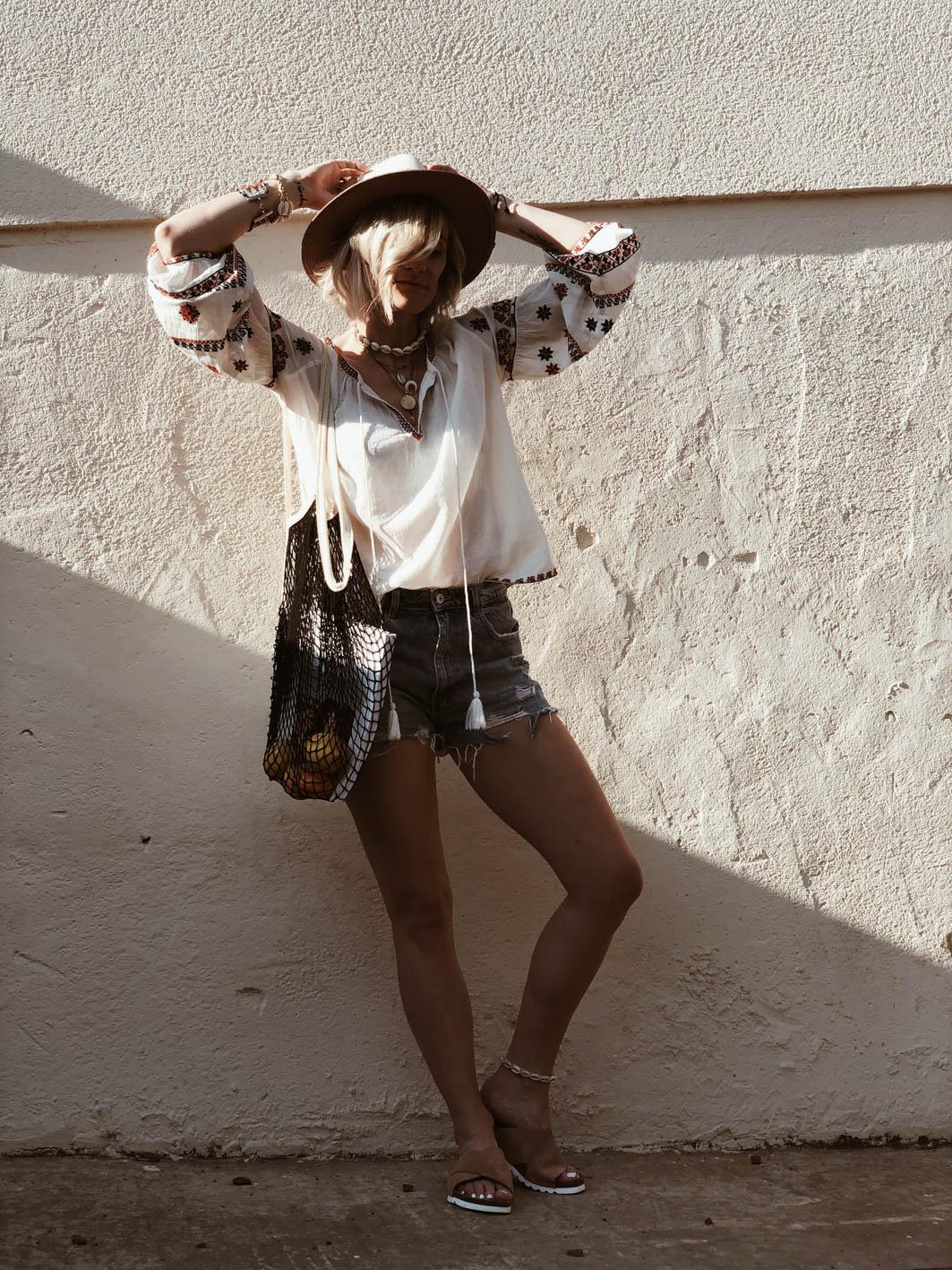 Carnet Sauvage - blog mode et tendances Lille, blouse brodée Starmela