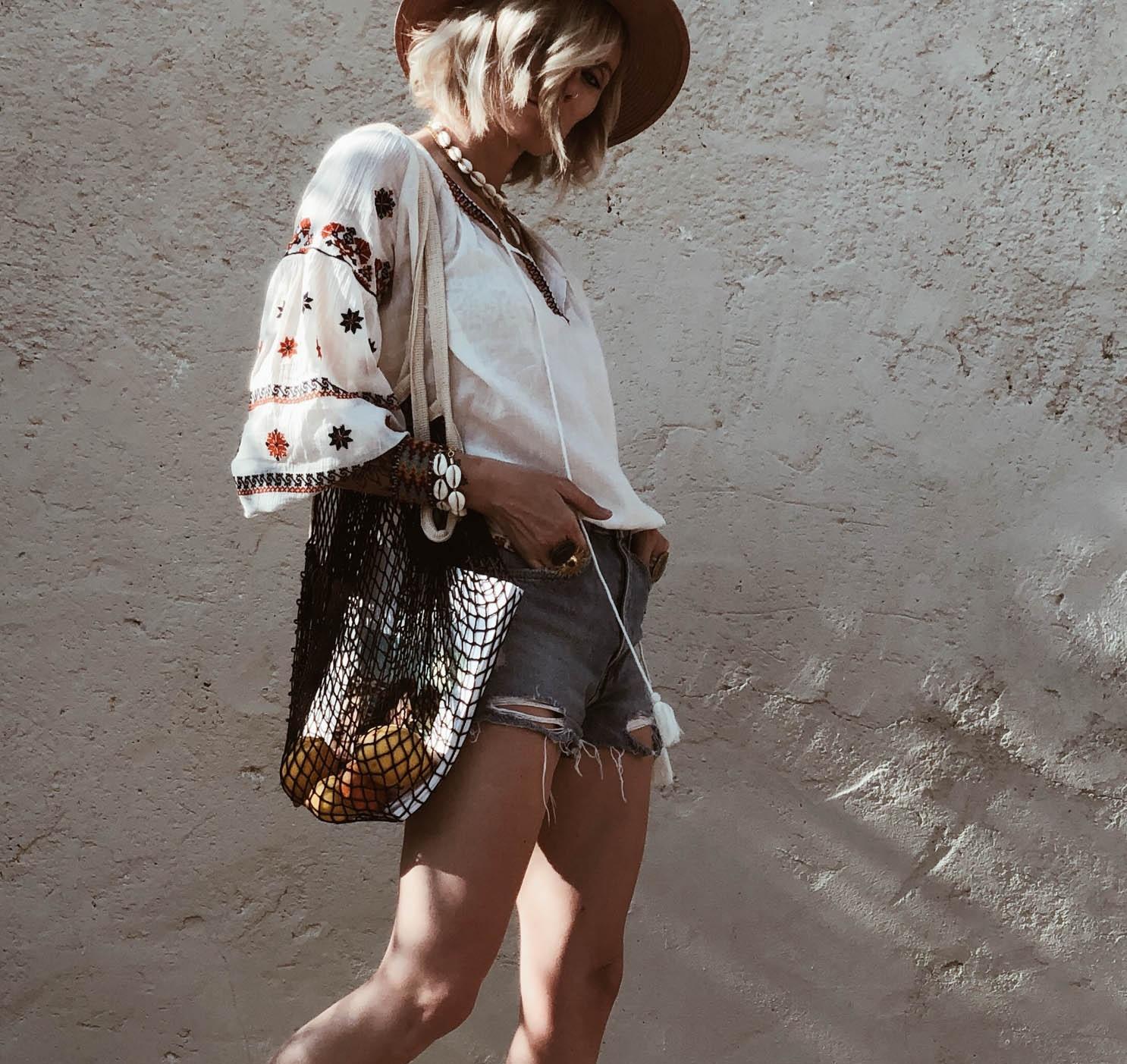 Carnet+Sauvage+-+blog+mode+et+tendances+Lille%2C+blouse+brod%C3%A9e+Starmela