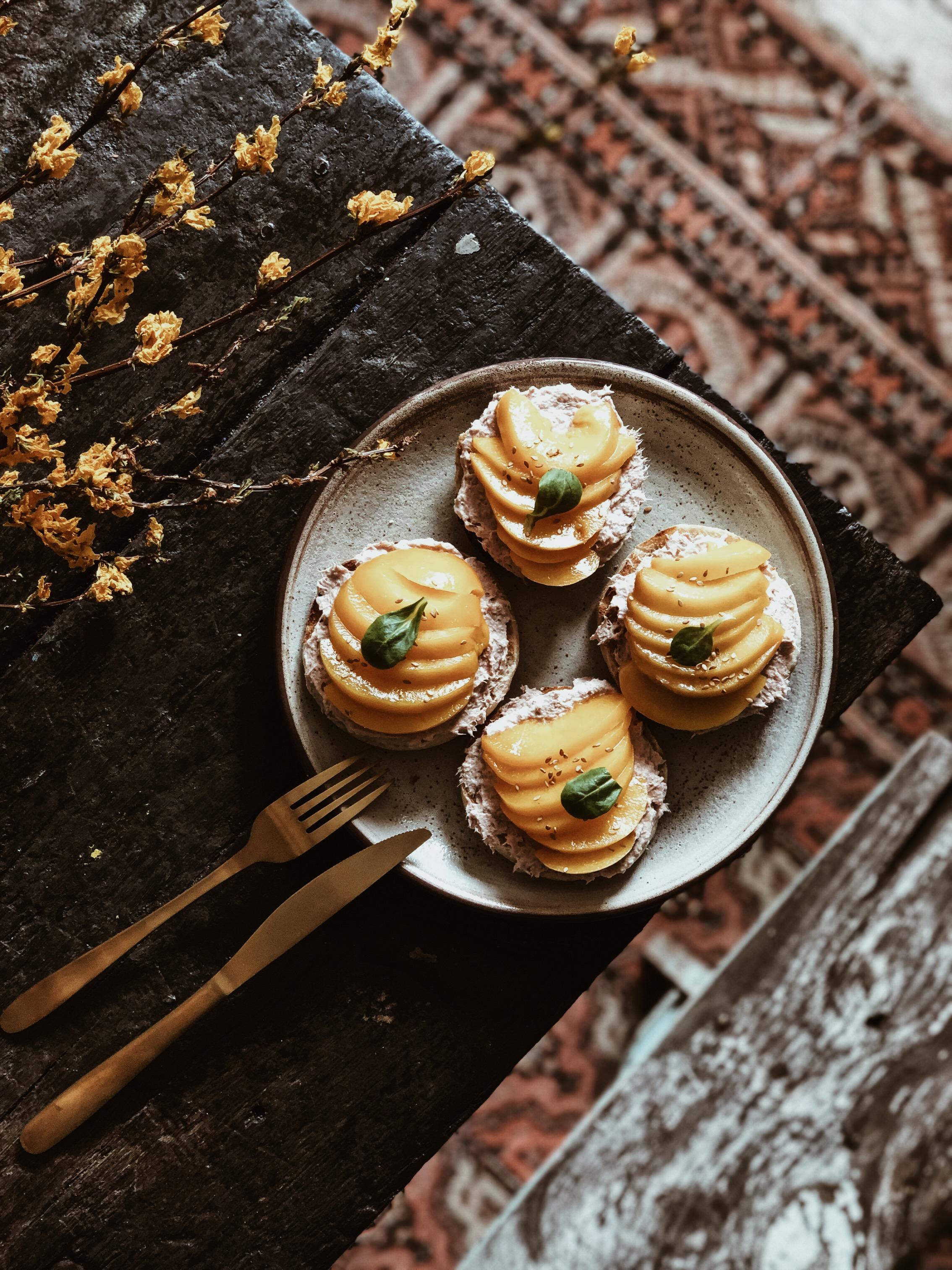 Carnet Sauvage - blog mode, voyages et lifestyle Lille, direction artistique, recette food muffins pêche et thon