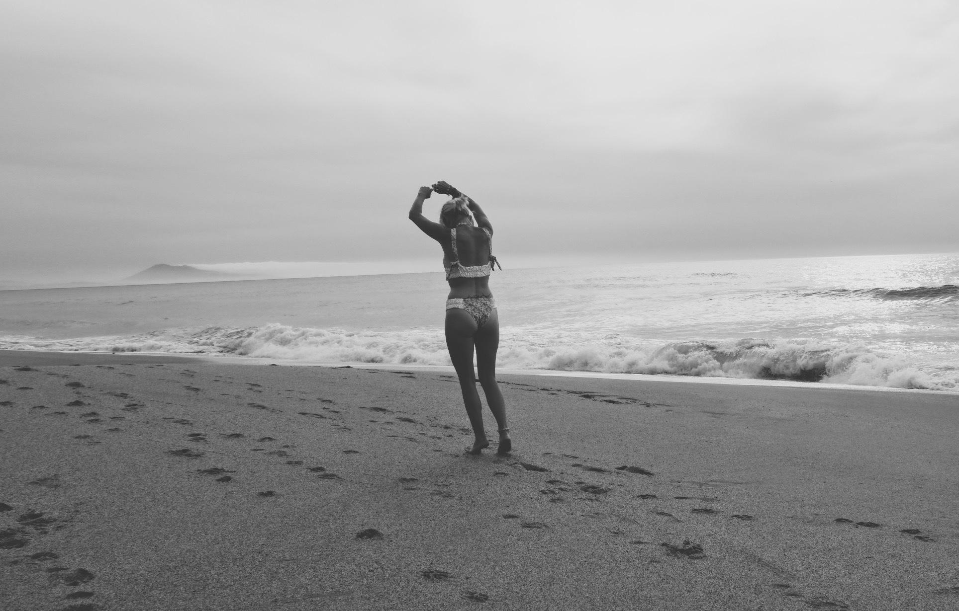 Carnet Sauvage - blog mode et tendances, direction artistique Lille, maillot de bain Kitess clothing