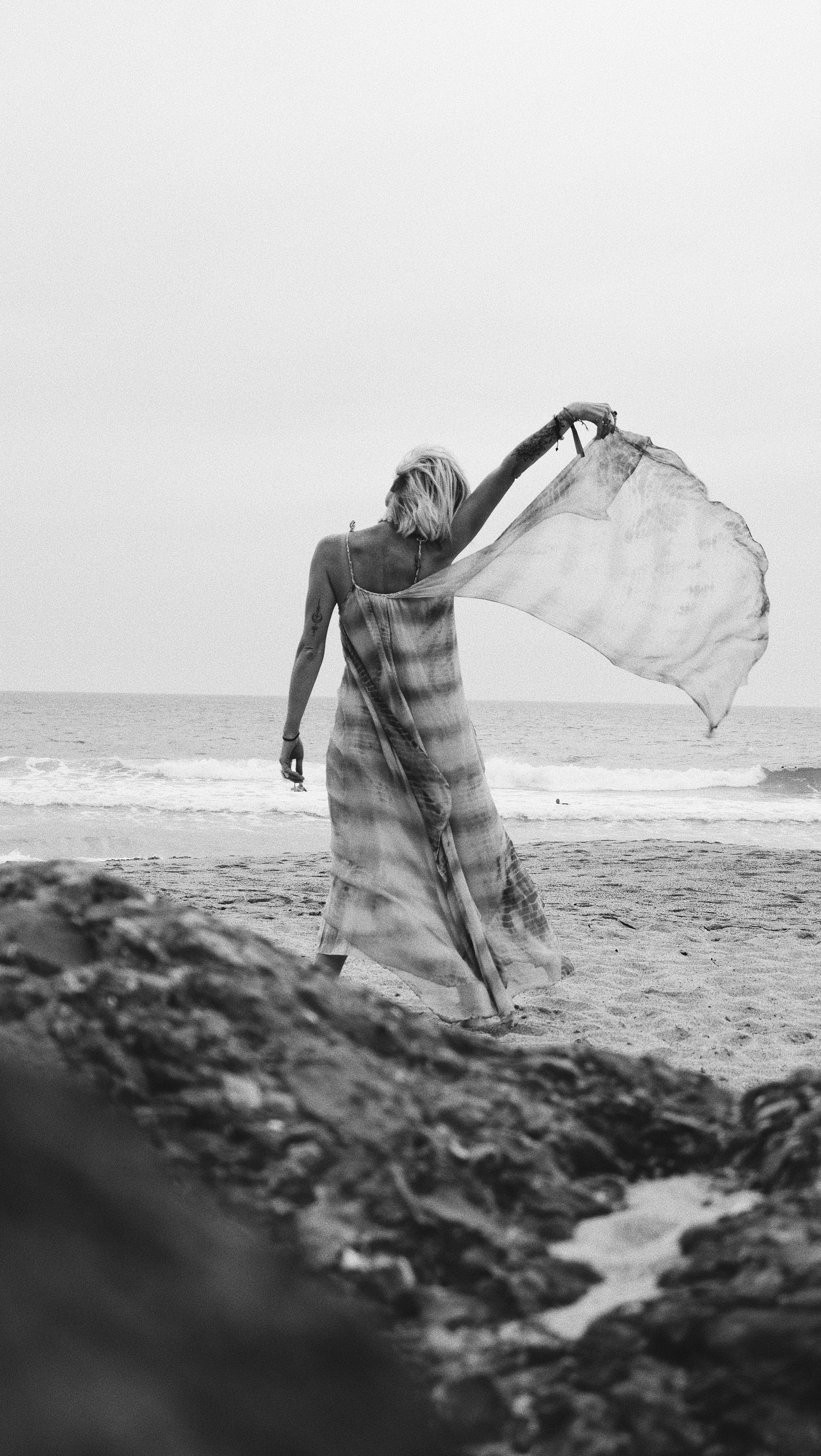 Carnet sauvage- blog mode - robe mesdemoiselles paris27-min.JPG