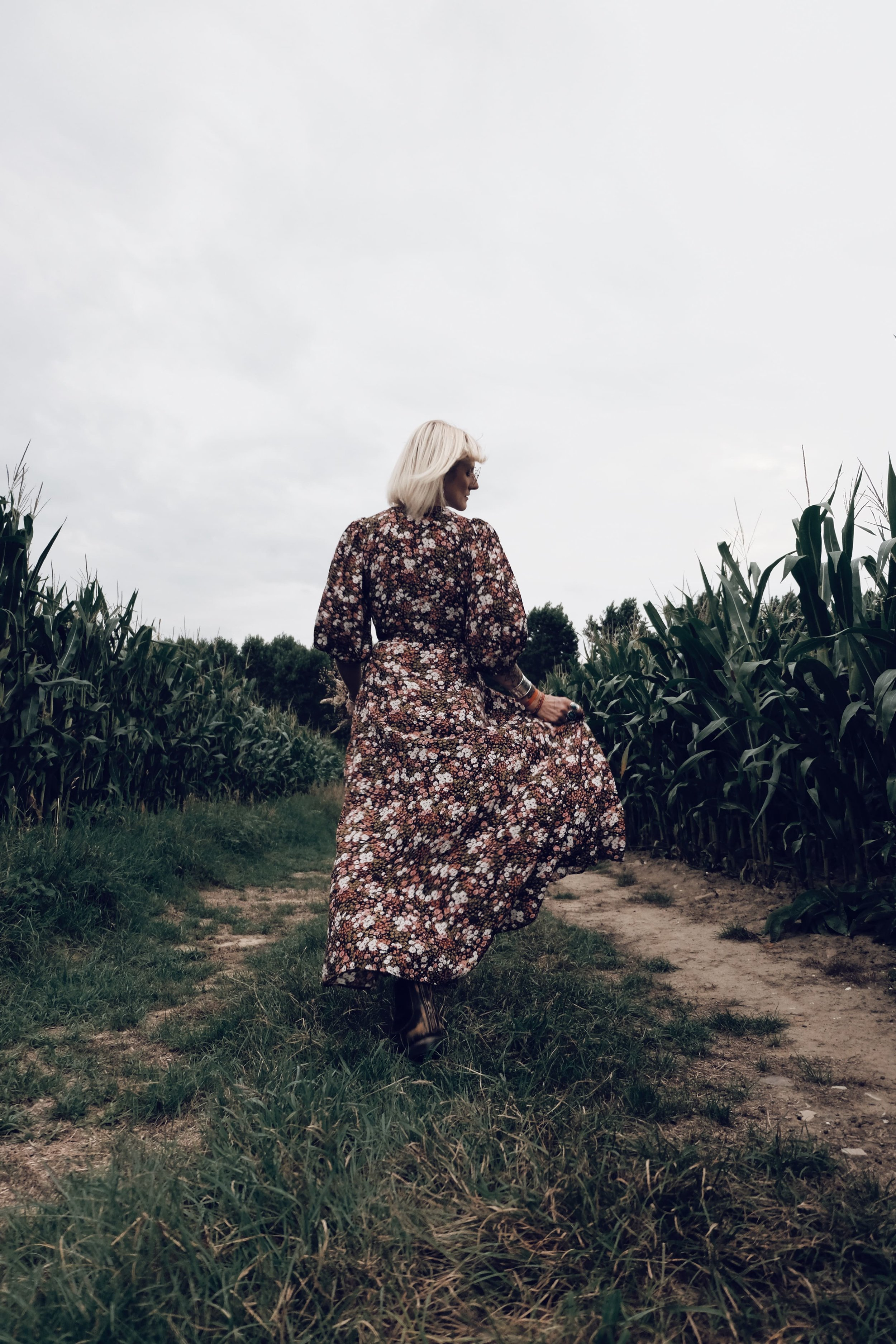 Carnet Sauvage - blog mode - direction artistique Lille - flower dress & other stories 42.jpg