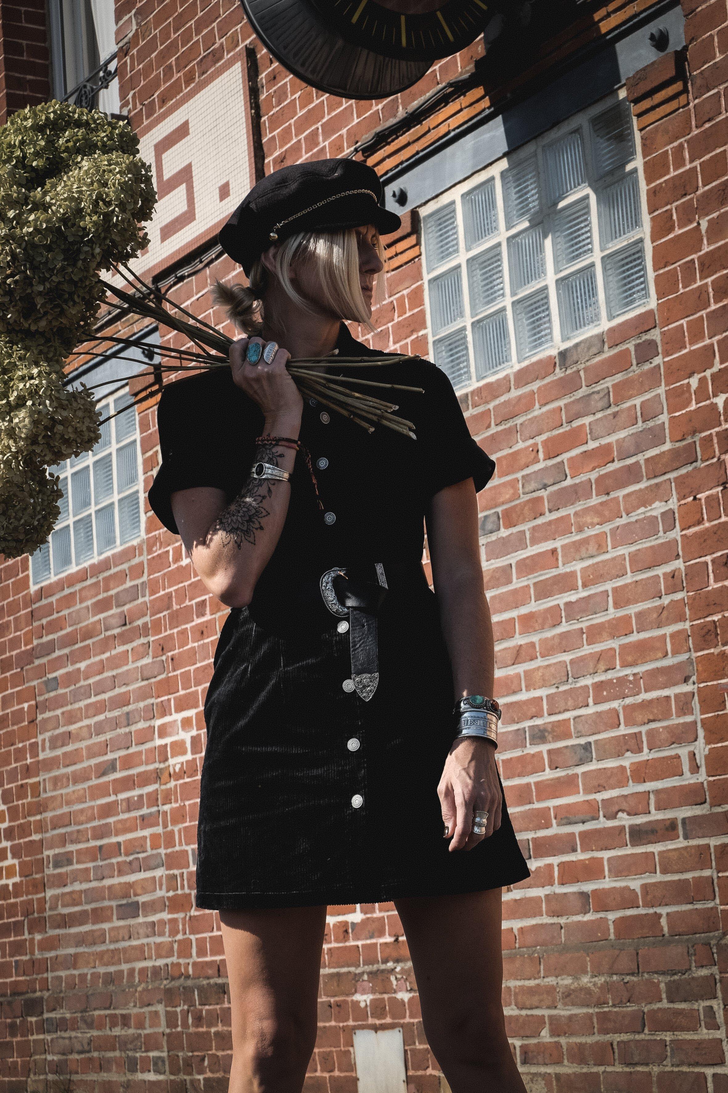 Carnet Sauvage - blog mode- corduroy dress 6.jpg