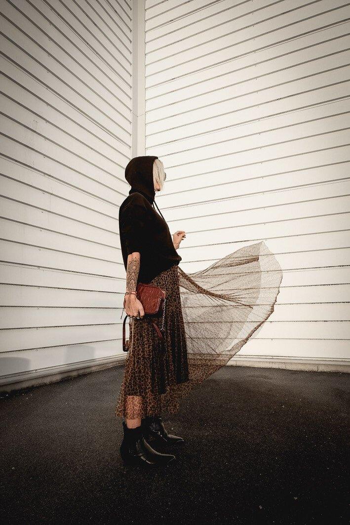 Carnet Sauvage- blog mode lille - idee look stradivarius - leo skirt-5-min.jpg