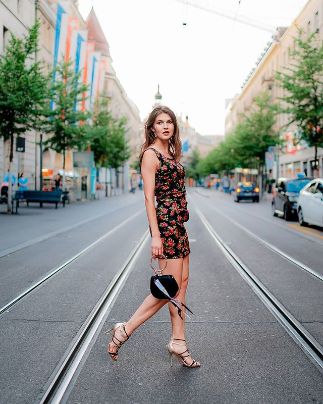 """The best fashion show is definitely on the streets we walk around day by day."" #fashion #ootd #glamthug #instastyle #style #instafashion #zurich #streetfashion #model #fashiongram #fashiondaily #trend #look #beautiful #handbag #ootdfashion #sonyalpha7iii #dress #summervibes #goldenhour #inspiration #inspi #zh #switzerland #sony #bahnhofstrasse #fashionblogger"