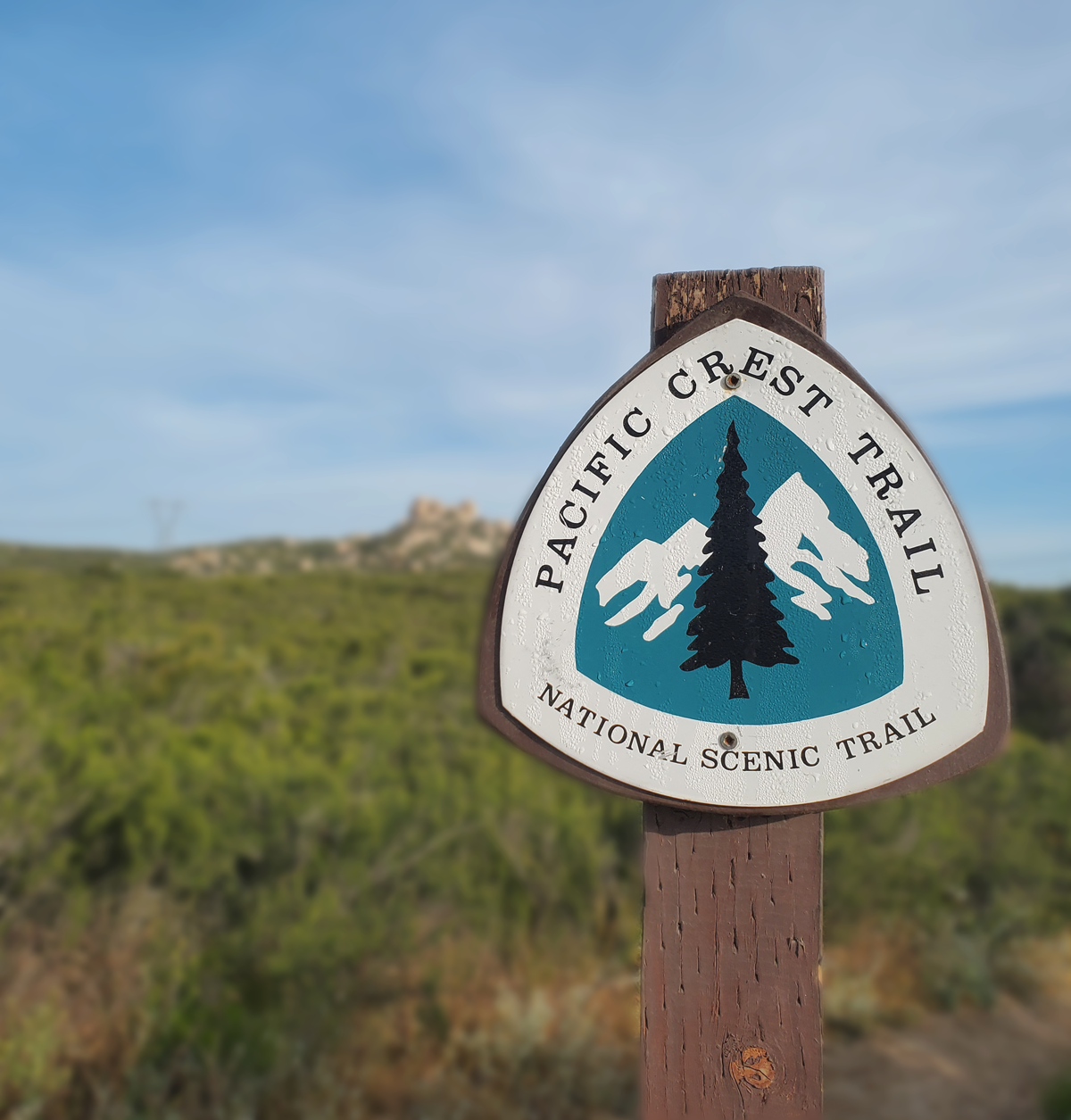 Pacific-Crest-Trail-Sign.png