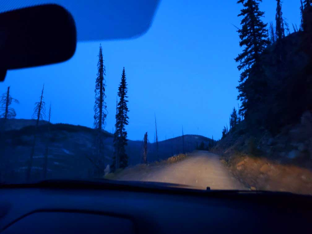 pct-day-93-driving-on-dirt-trail.jpg