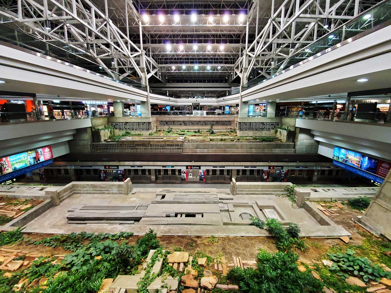 pct-day-94-airport.jpg