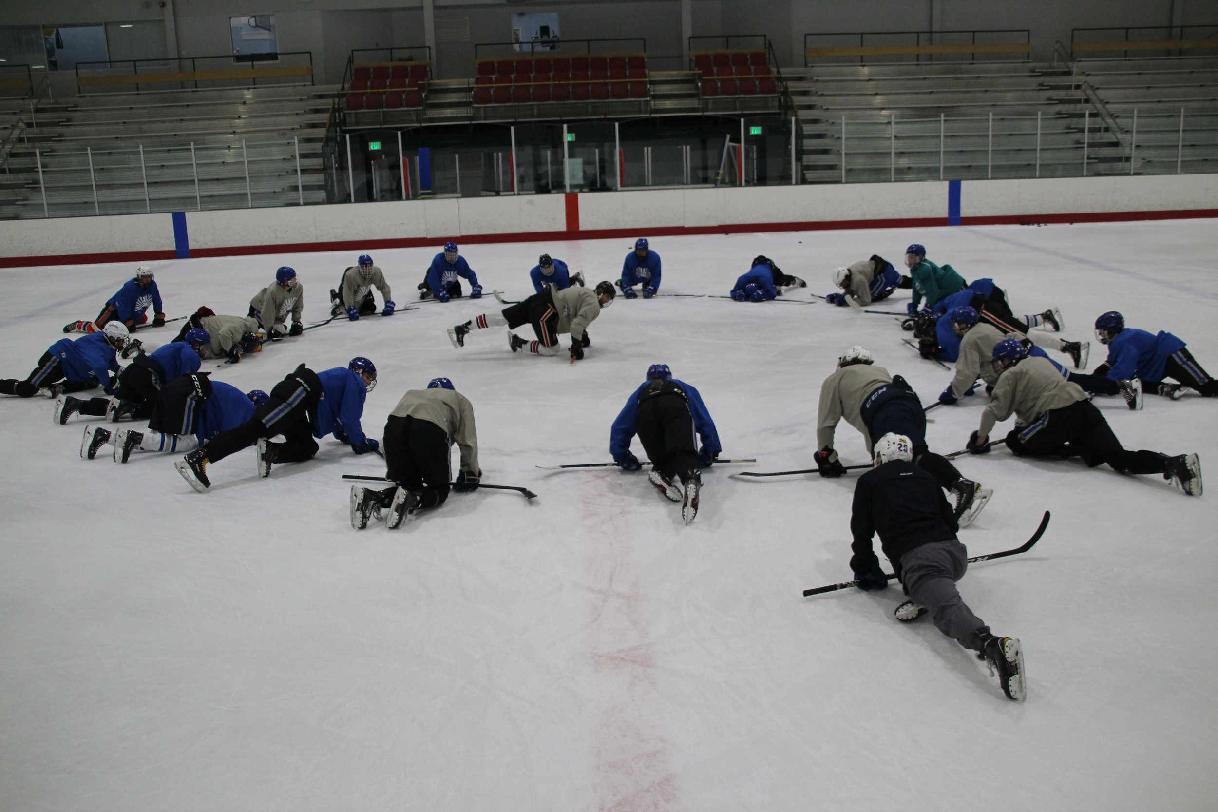 Contact to Join small group lessons! - LESSONS AT COLUMBIA ICE RINK Monday 6:00AM-7:00AM and 7:00AM-8:00AMTuesday 10:15AM-11:00AM and 11:00AM-11:45AMThursday 10:15-11:00AM and 11:00-11:45AM