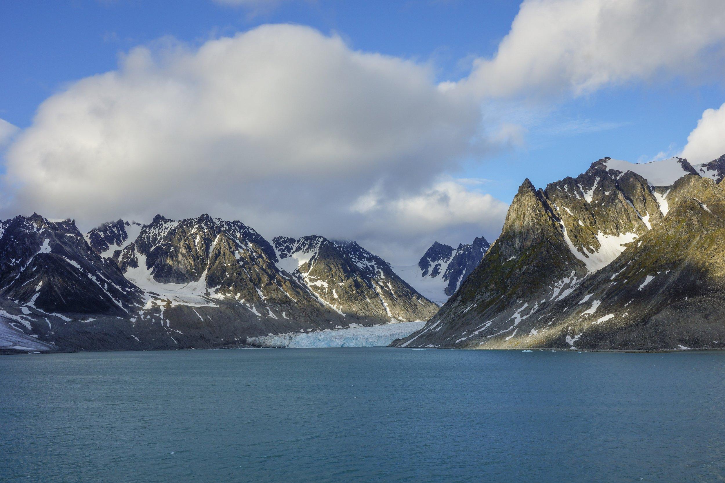 Midnight @ North Svalbard