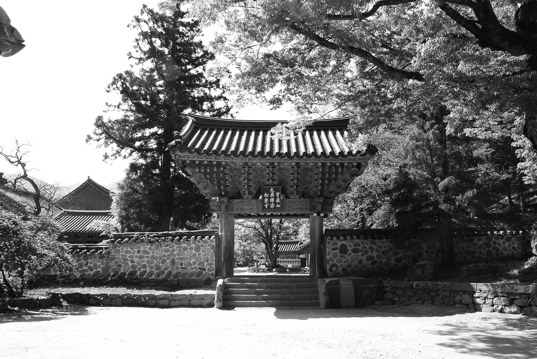 Single Pillar Gate / 송광사 일주문 / 一柱門