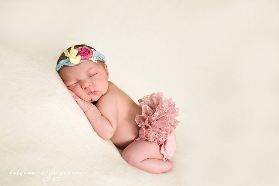 Madison_Newborn-4-950x634.jpg