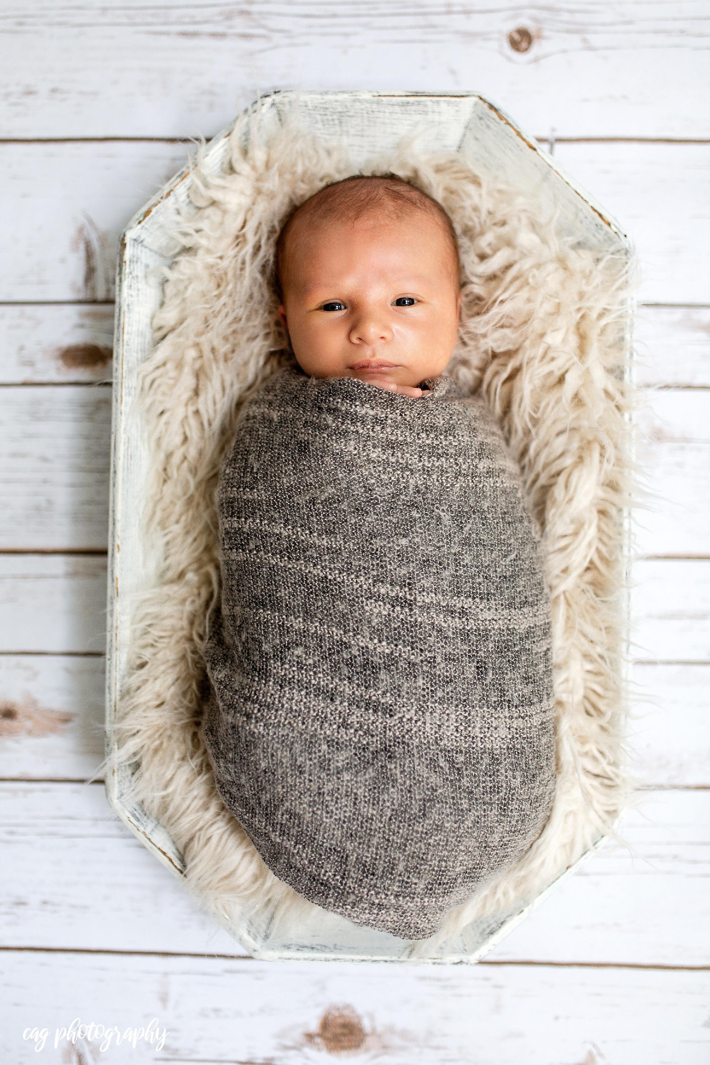 Lorenzo_Newborn-1.jpg