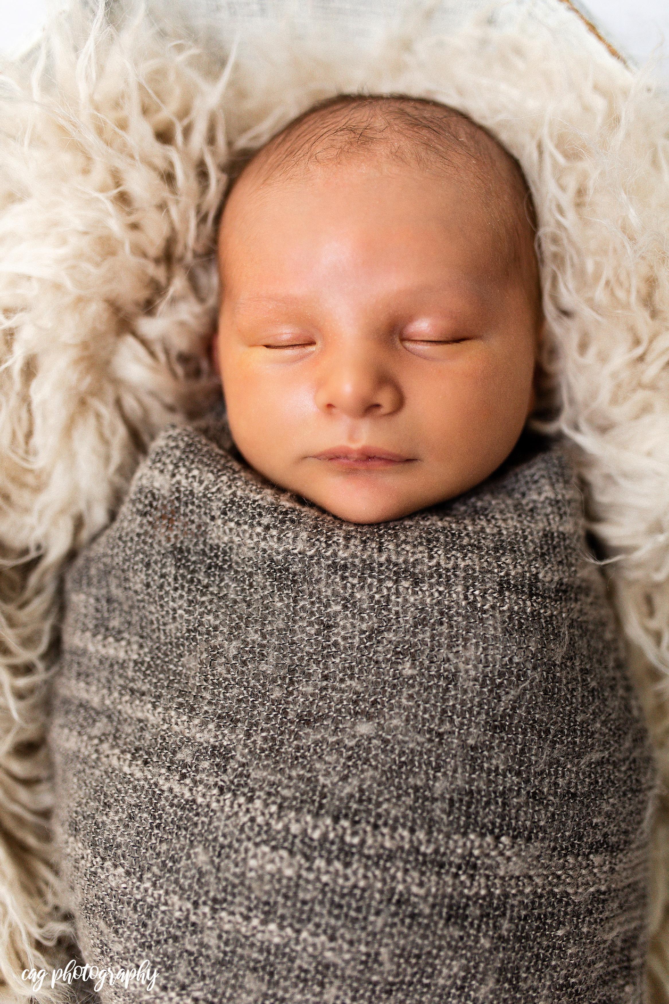 Lorenzo_Newborn-9.jpg