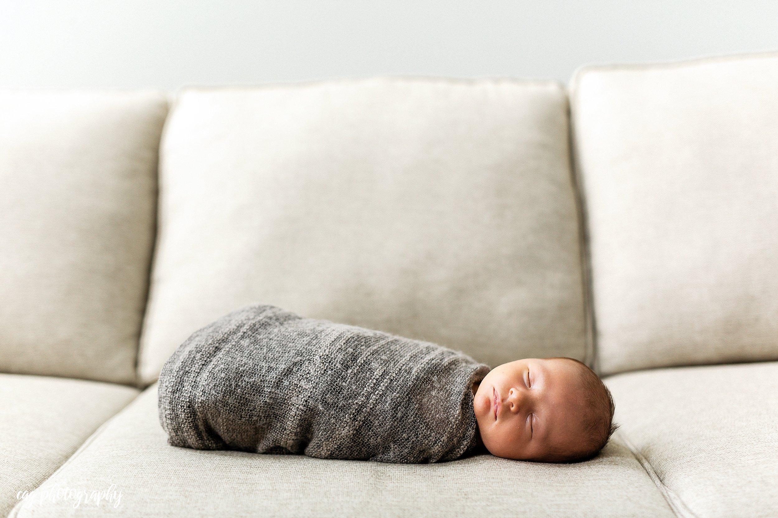 Lorenzo_Newborn-20.jpg