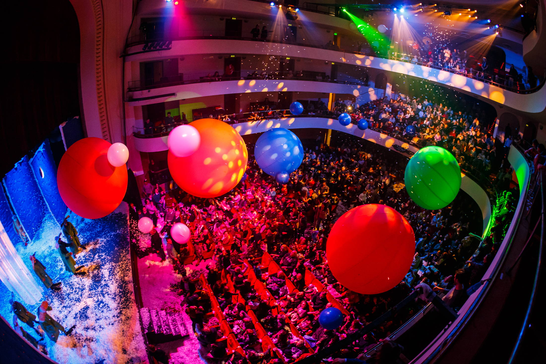 """Moment of the """"Slava's snowshow"""" at Teatro Duse in Bologna"""