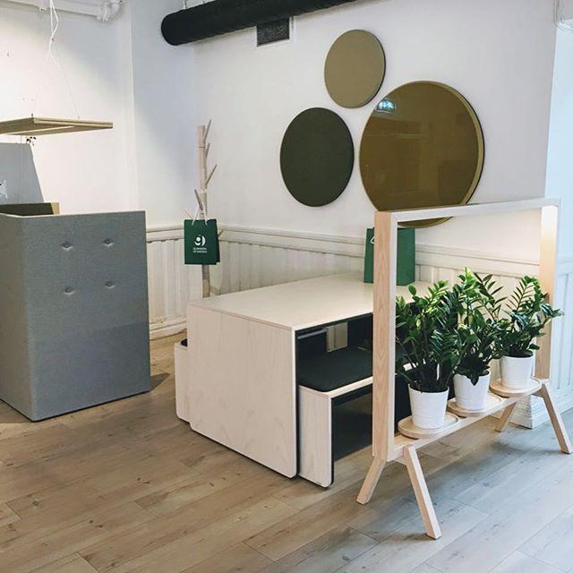 Vi ønsker @glimakra.of.sweden velkommen som utstiller i vårt showrom 😀🎈🎈 #showroom #nyemøbler #lyd #sound #furniture #house