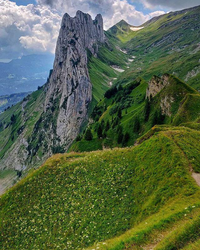 Finally. Eastern Alps. . . . . #easternalps #hikingadventures #summerhikes #girlswhohike