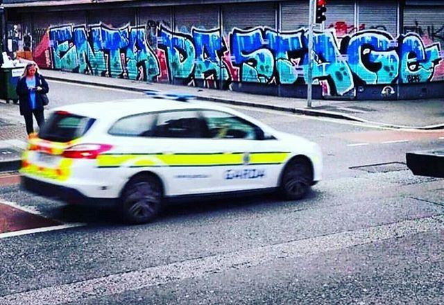 Buck Em Down 💥 via @djevildee . . . #blackmoon #hiphop #djevildee #dabeatminerz #buckshot #graffiti #streetart #entadastage