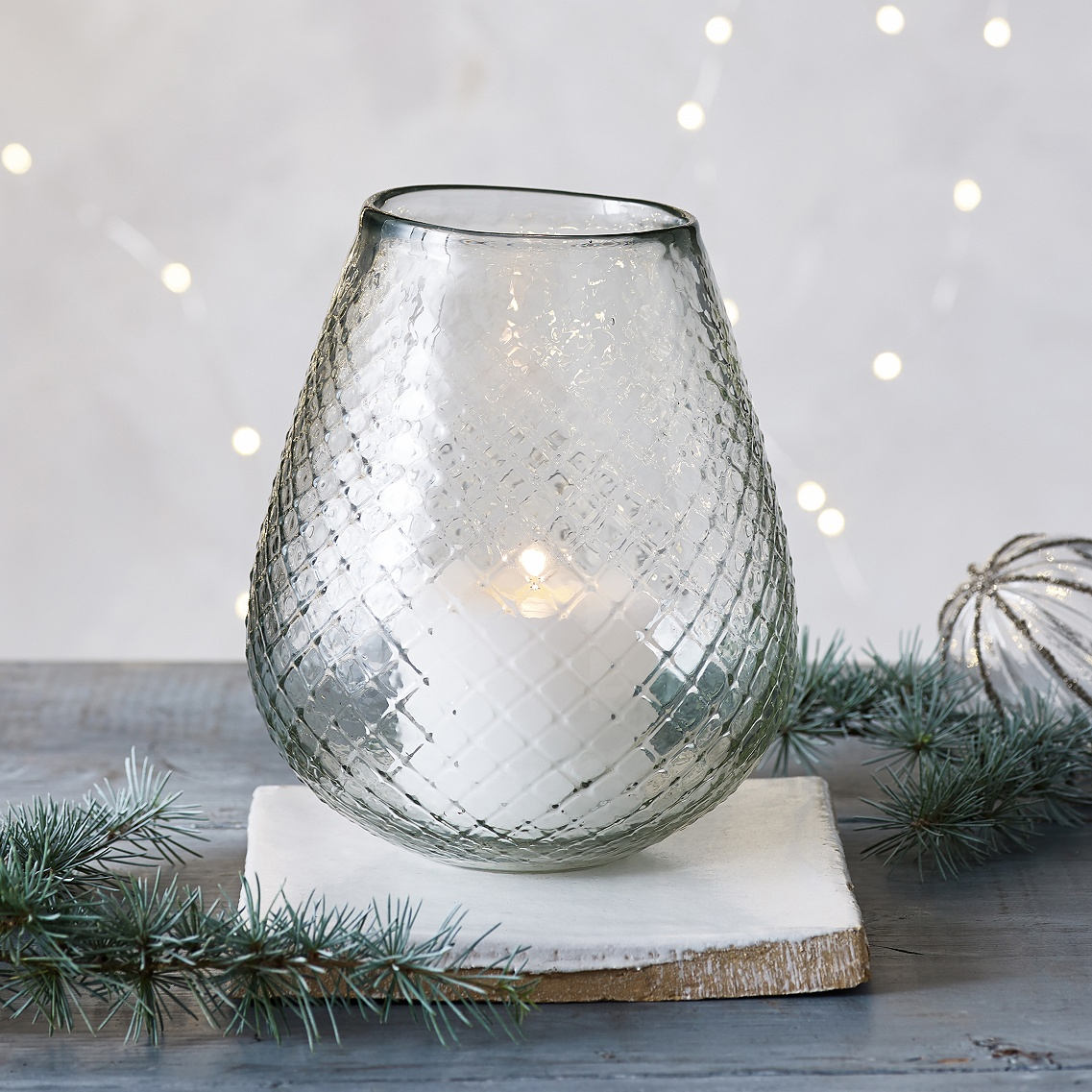 Diamond-etched Glass Vase    12 available