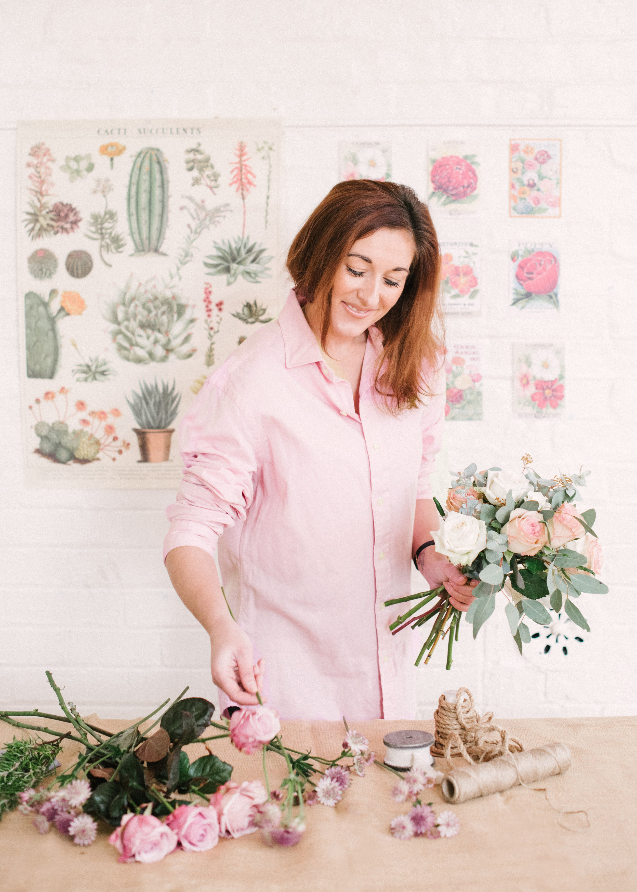Meet Becky - Founder of Feather & Ferns a bespoke wedding and event florist based in Cambridge, Cambridgeshire specialising in wedding flowers. I'm here to support you through your wedding planning stages and help to make your experience joyful and fun. Feel free to ask me anything!