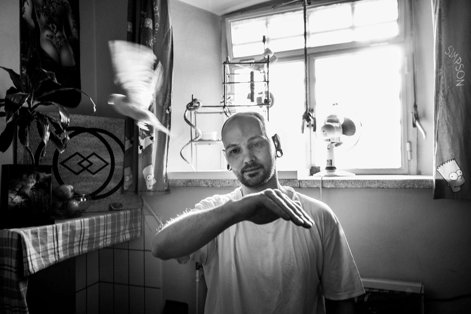 A long term detainee inside the prison of Audenaarde., Belgium 2015.