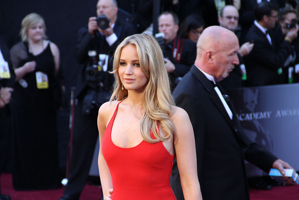 1024px-Jennifer_Lawrence_at_the_83rd_Academy_Awards.jpg
