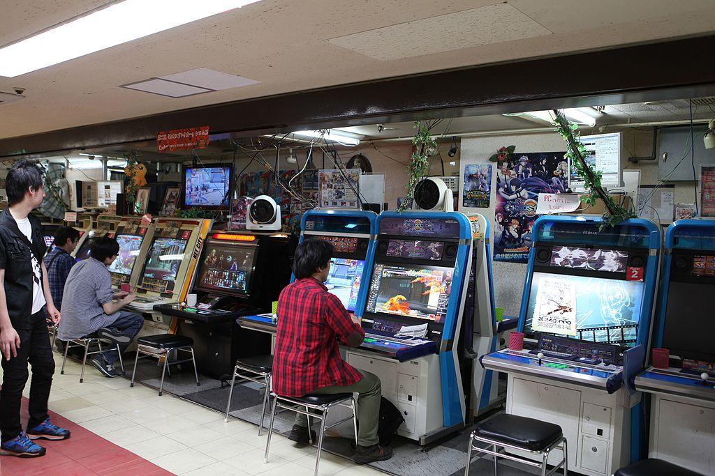 Japanese_arcade_27230344804.jpg