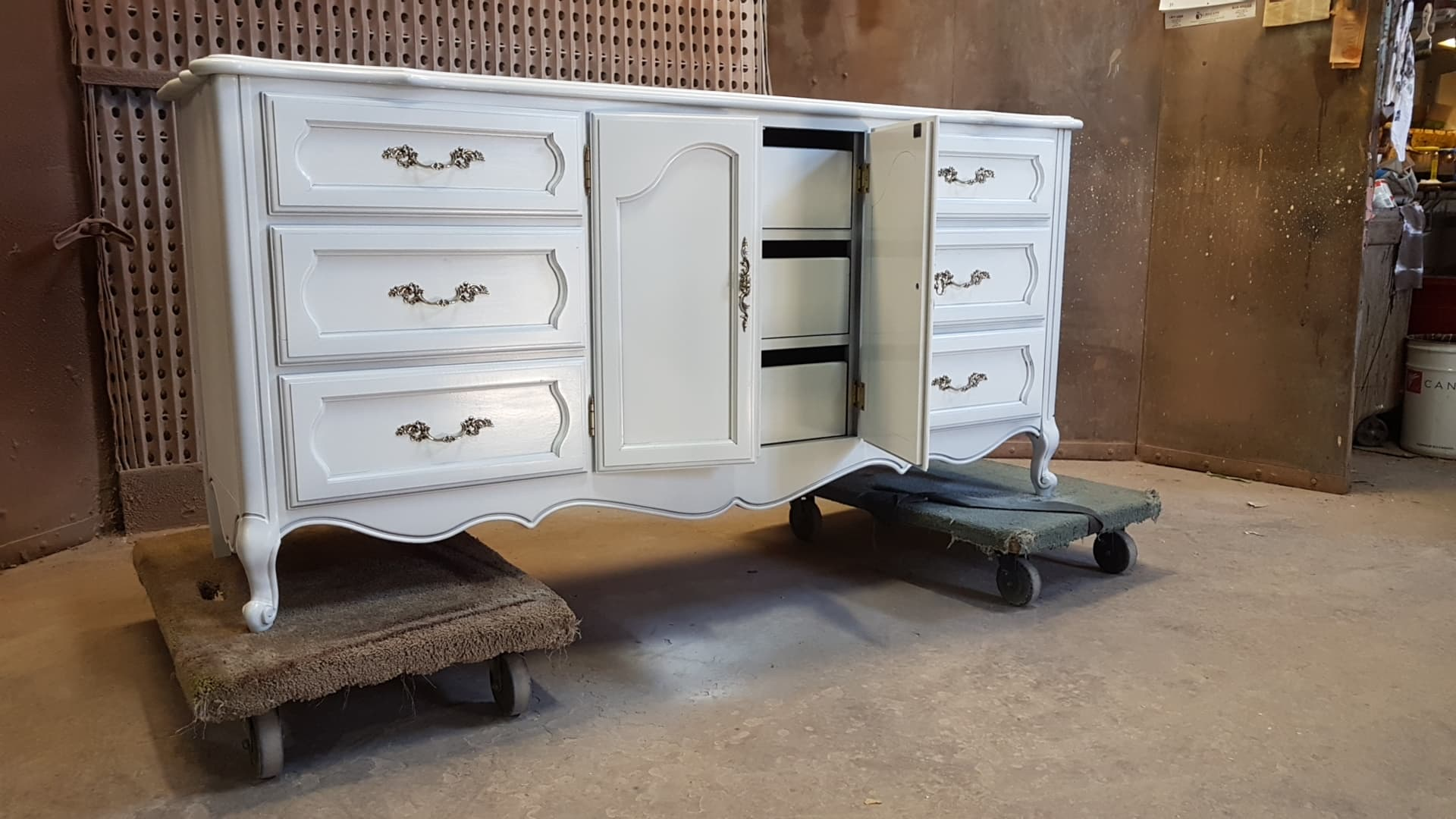 TUP Bedroom dresser with centre doors open showing 3 inside drawers March 2019.jpg