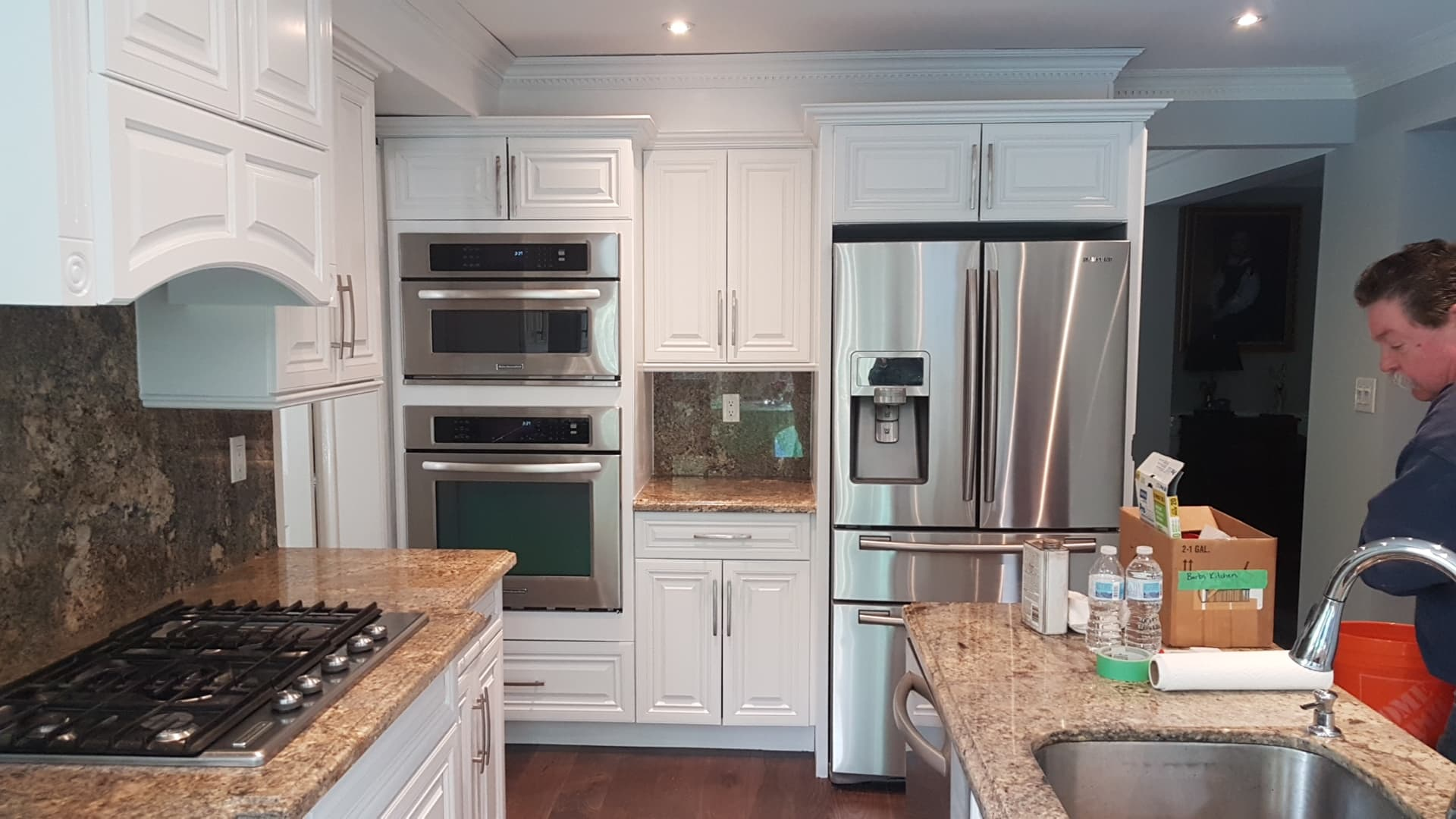 TUP Kitchen Finished painted white Streetsville June 2019.jpg