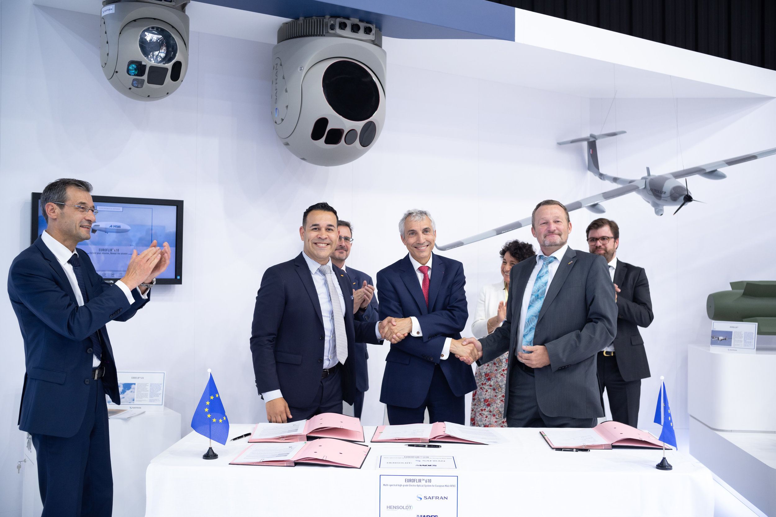 Partners signed collaboration agreements on the Euroflir™ 610