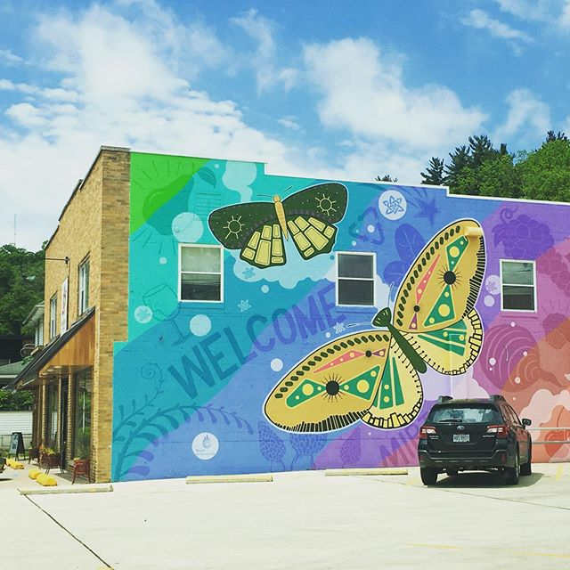 Our neighbors nailed #curbappeal with this #mural @kindred.market sure to be easy on the eyes and good for the tummy! #comingsoon #athensohio #local #lcrrealty