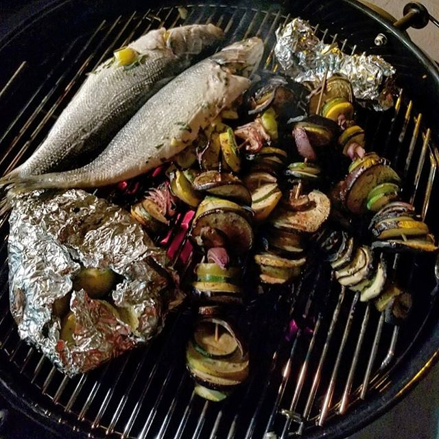 Breaking in our new grill with some whole branzino, veggie kabobs, and rosemary garlic potatoes 🐟🍆🥔 #grilling #homemade