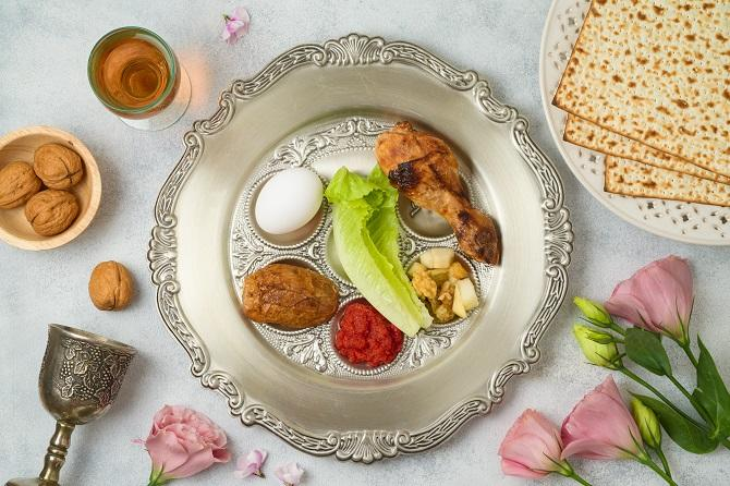 Chowhound - How to Have a Very 4/20 Passover Seder