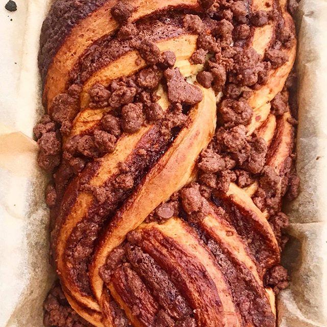 🍞+🍫=❤️ Nutella babka from @clarkbar's @nytcooking recipe #homemade #babka