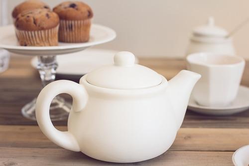 tea-party-1138915_960_720.jpg
